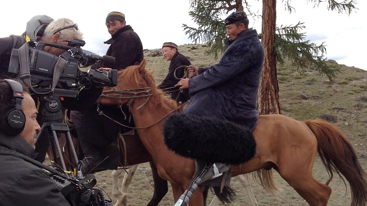 mongolie-camera-cavaliers.jpg