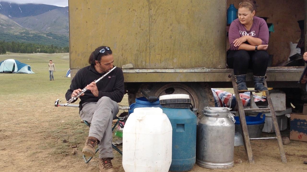 mongolie-cuisine-flute.jpg